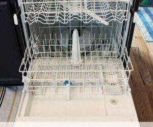 Homemade Dishwasher Cleaner: A Fast and Effective Monthly Practice