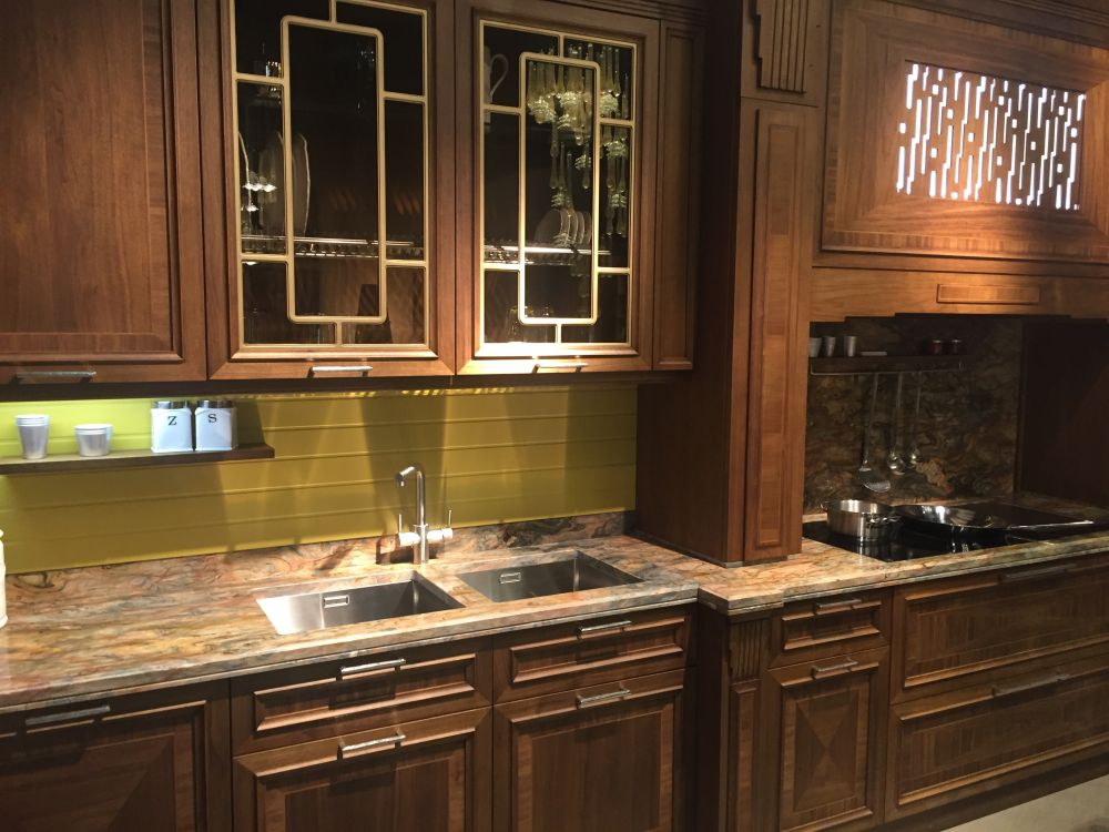 Glass kitchen cabinet doors and the styles that they work for Beveled glass kitchen cabinets