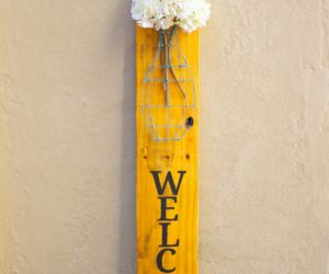 Nail String Art – DIY Wooden Pallet Welcome Sign