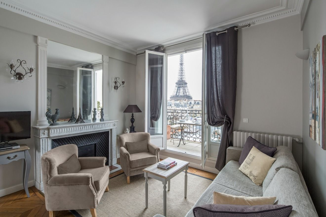 12 Must-Have Elements Of Parisian Style Home Decor