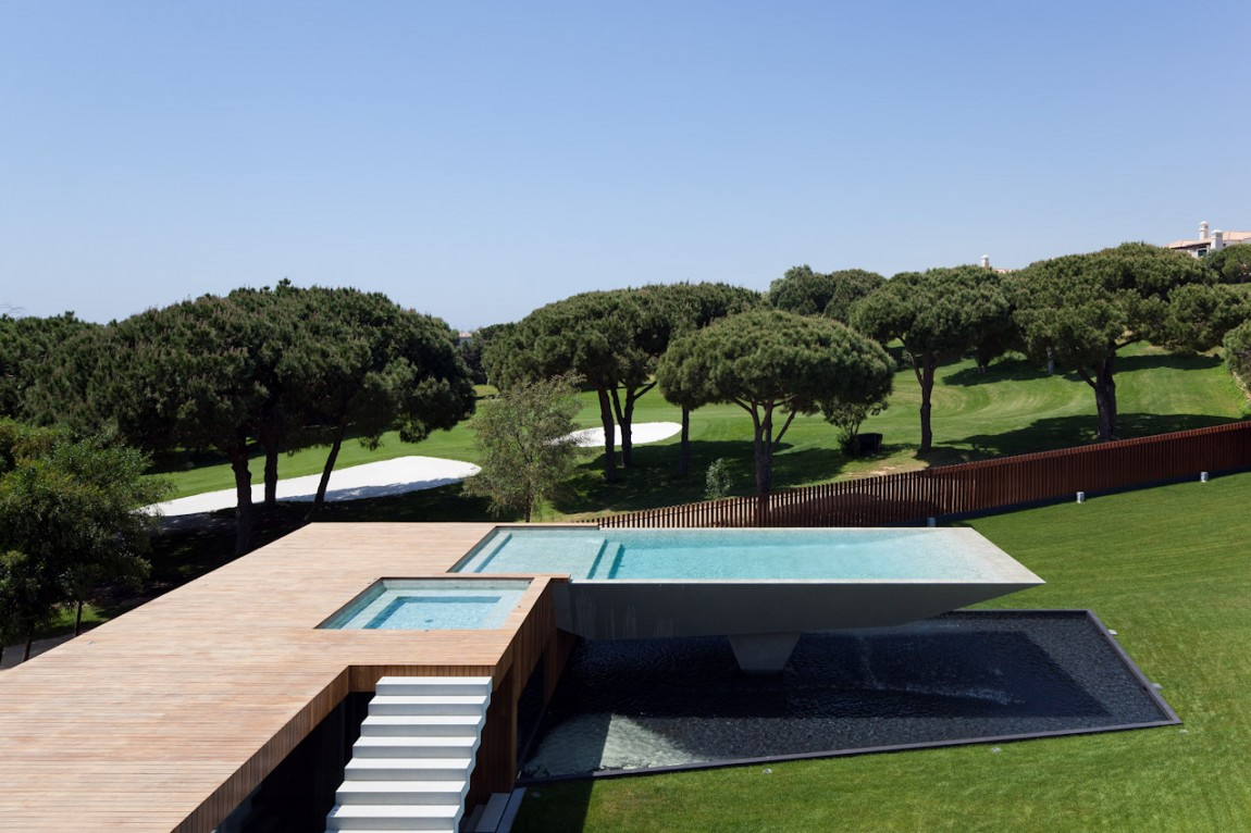 Cantilevered Pool Designs Do The Views Justice In