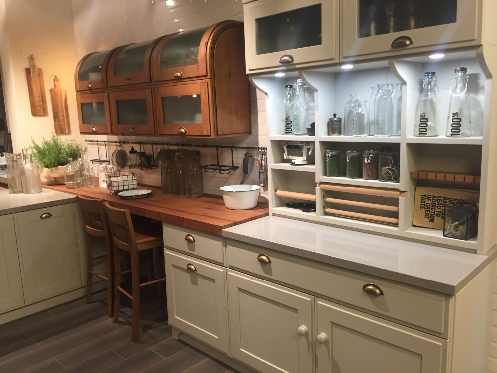 Two tone kitchen cabinest with frosted glass