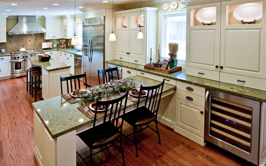 Use Your Kitchen Peninsula as a Table