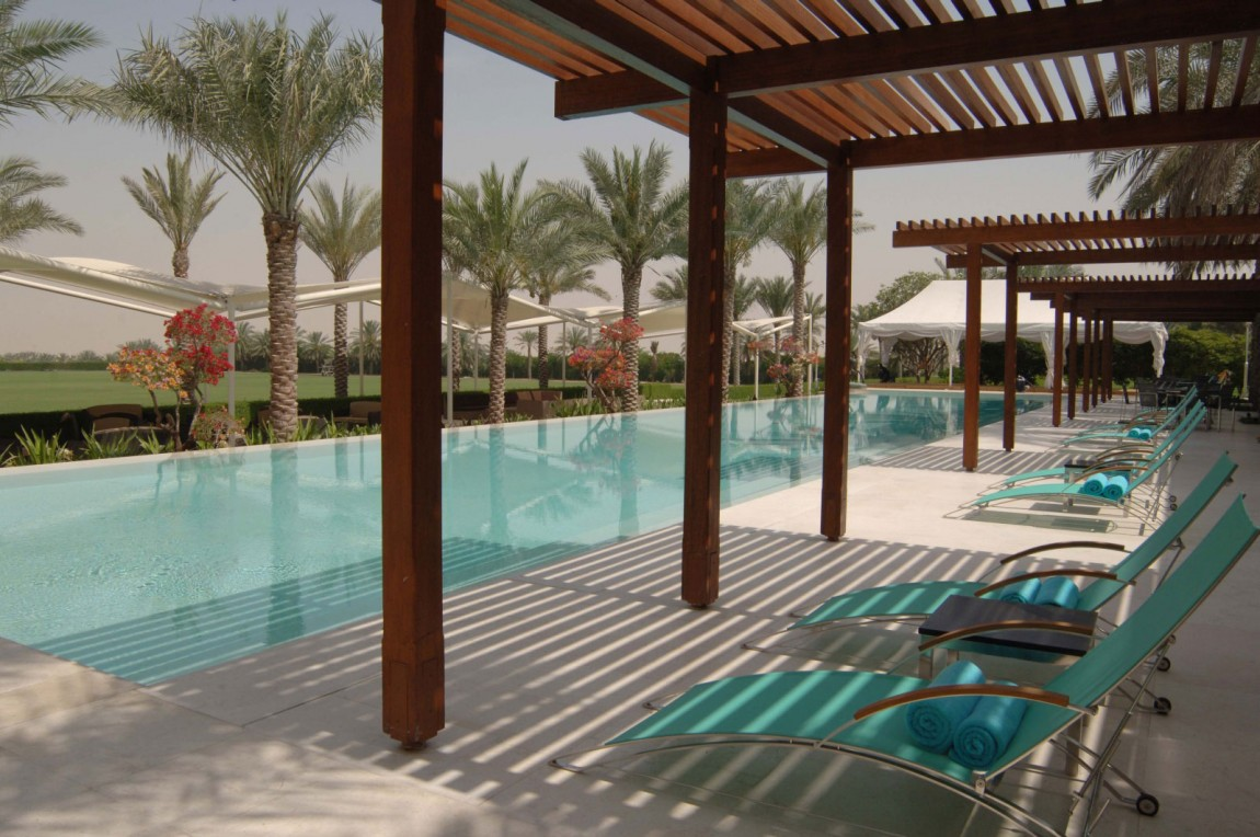 Pergola design ideas adapted by architects for their for Pool design dubai