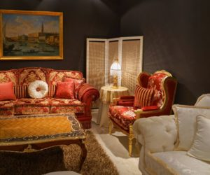 Baroque rich colors sofa and armchairs in red and pale white