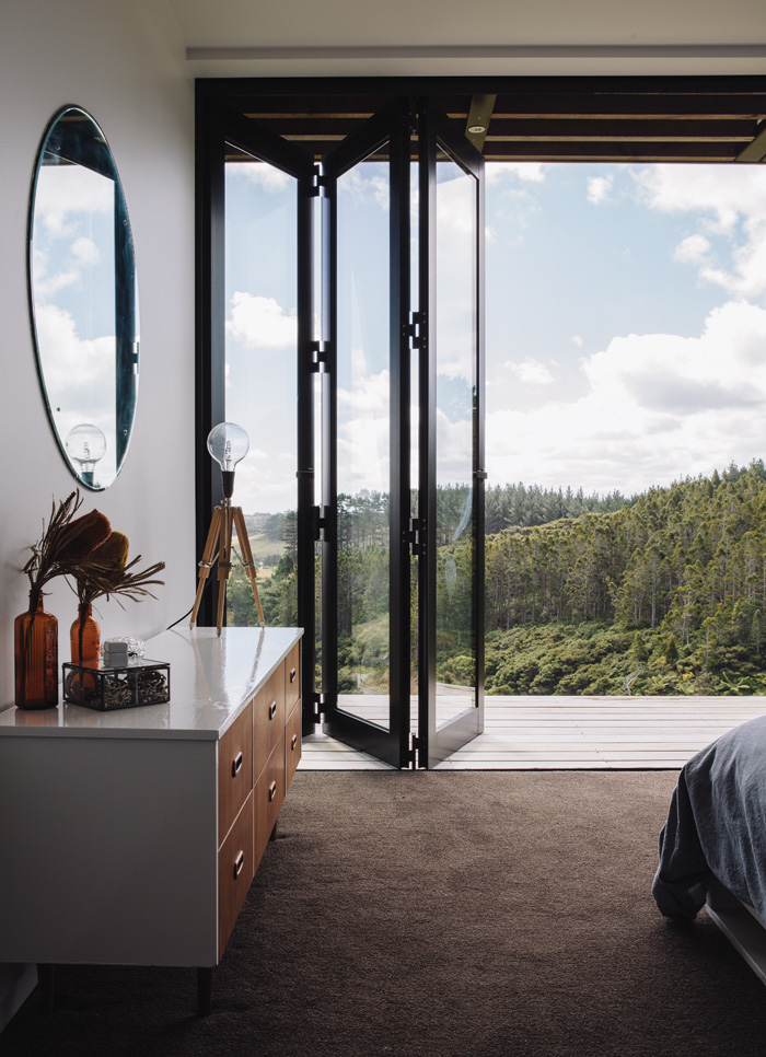 Accordion windows for when you want to get in touch with - House with a view ...