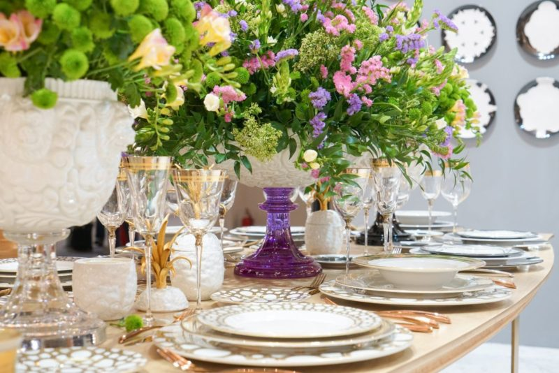 Spring-Summer Table Decorations That Bring In Freshness And Color