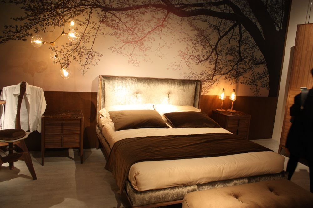 How to use zen d cor concepts in modern design for Tree wallpaper bedroom