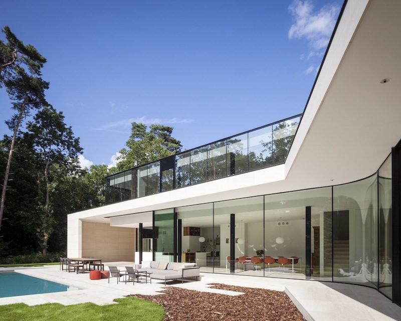 A House Designed To Resemble A Butterfly, With Perfectly Aligned Features