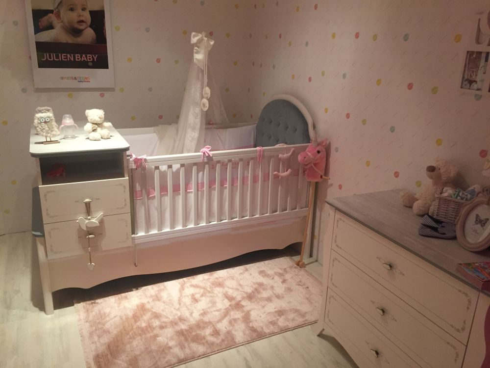 It's very important to have a lot of functional storage space in the nursery room