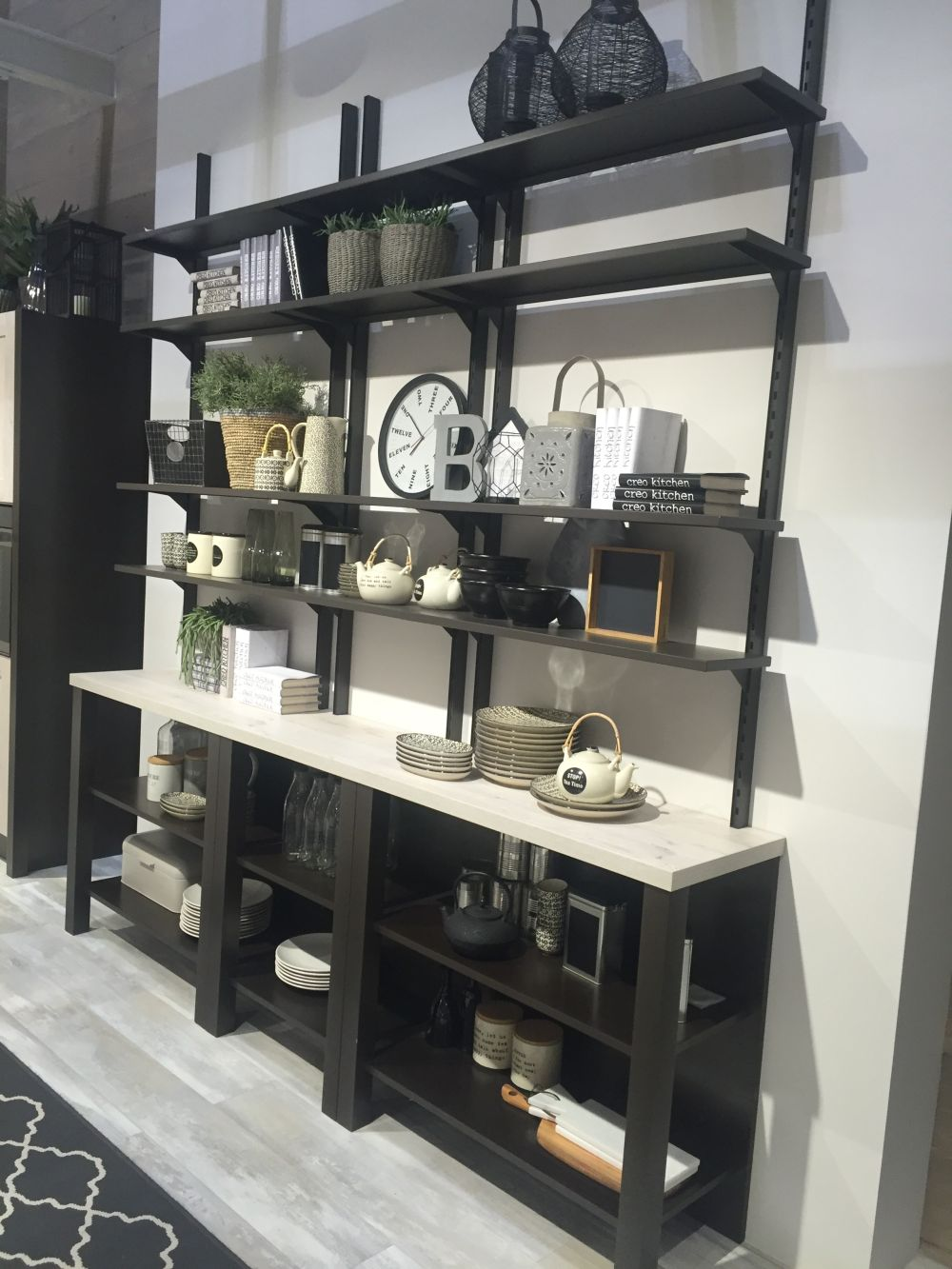 Open kitchen shelving and the flexibility that comes with it Open shelving