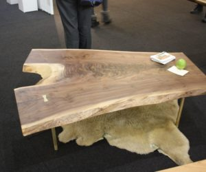 The Perks Of Solid Wood Furniture That Speak For Its Uniqueness