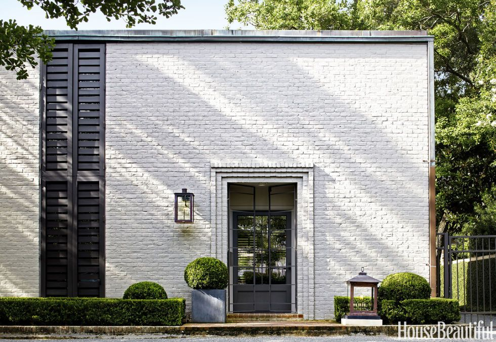 20 White Brick Exterior Walls To Envy