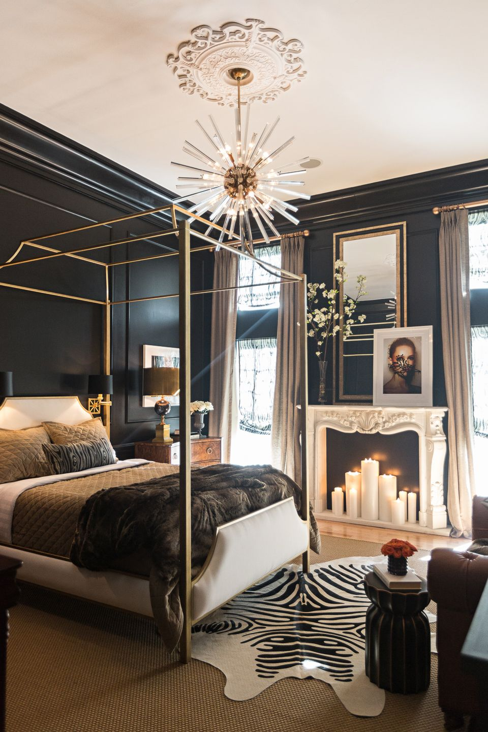 Peachy 15 Luxurious Black And Gold Bedrooms Download Free Architecture Designs Scobabritishbridgeorg