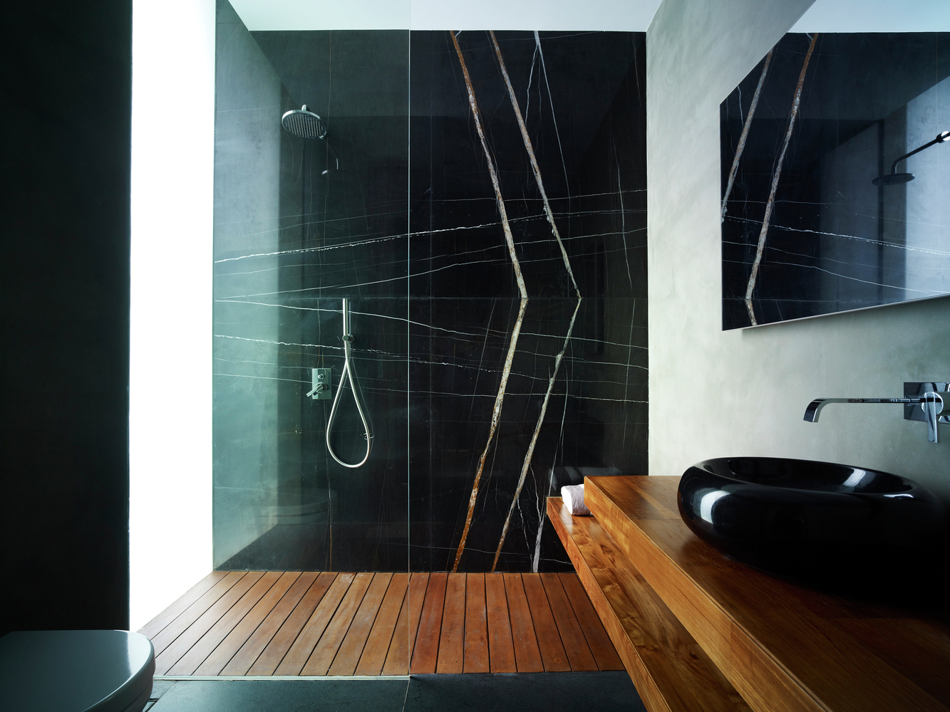 Beautiful Marble Shower Designs And The Decors That Surround Them ...