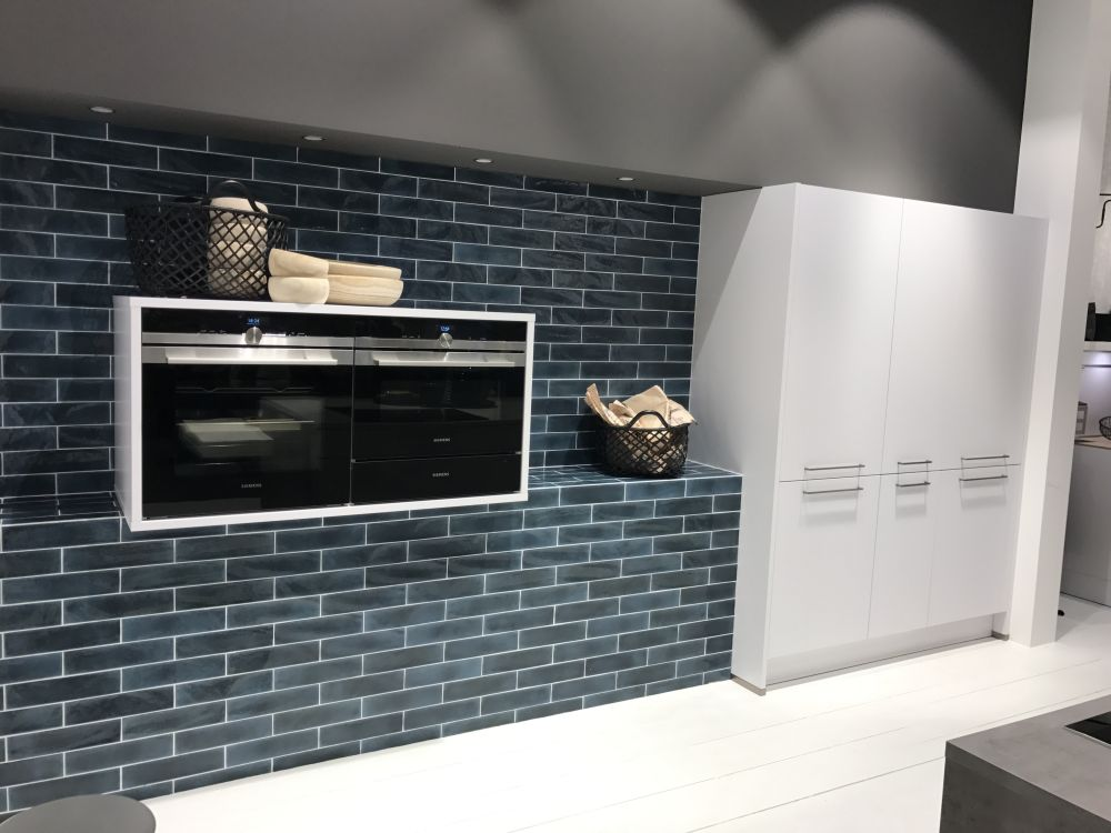 You can use subway tiles to cover an entire wall or just a portion of it