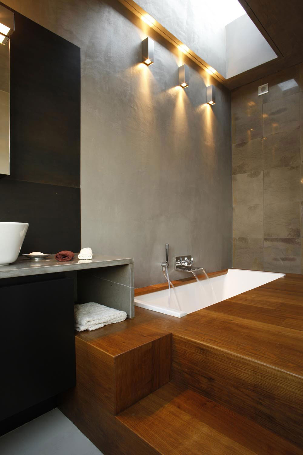 Inspiring Designs Highlighted By Sunken Tubs