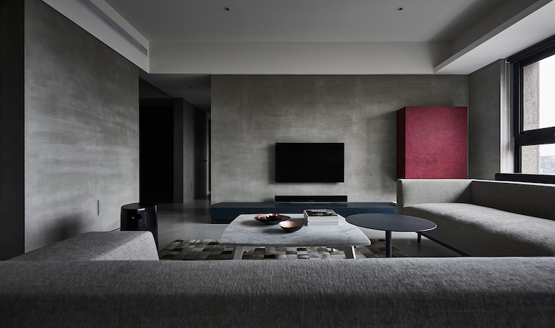 Modern Apartment With A Low-Profile, Chic And Balanced Interior