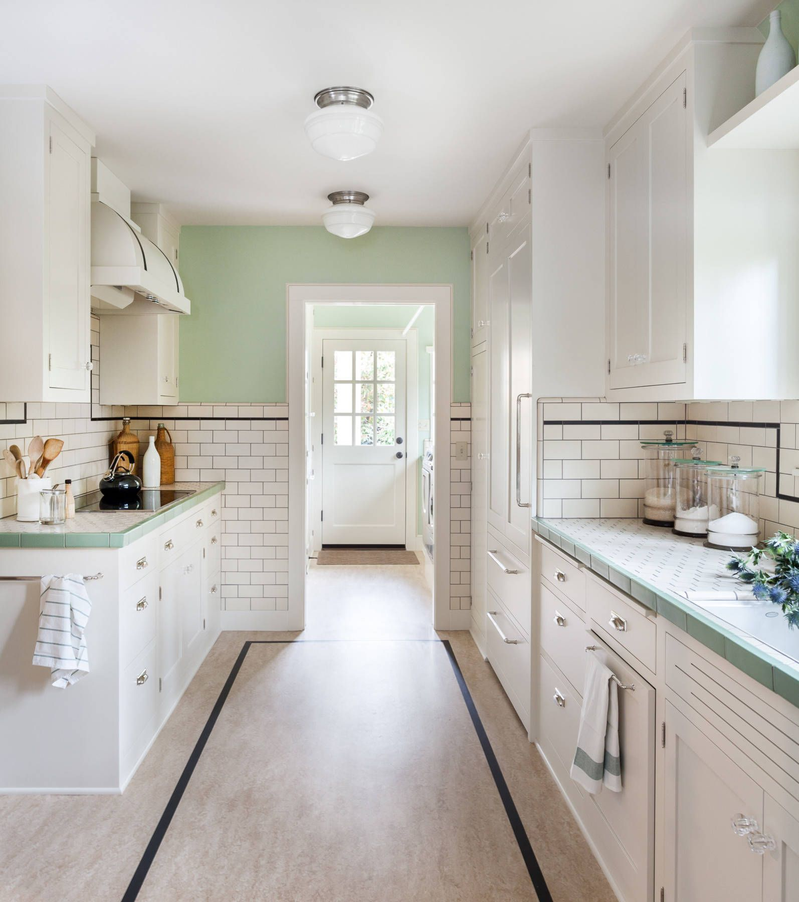 Green Brown Kitchen Ideas: The Case To Paint Your Whole House Mint Green