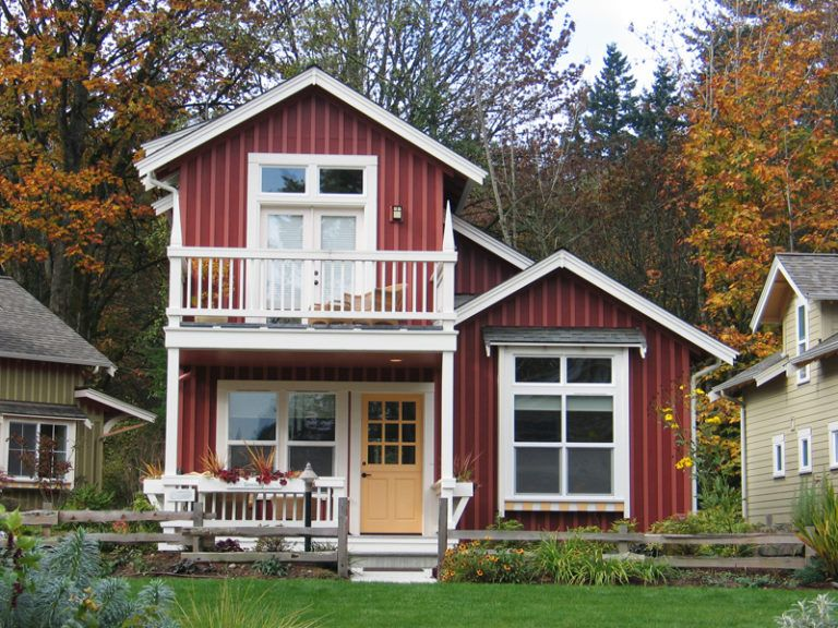 50 house colors to convince you to paint yours for Red cottage house plans
