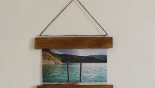 Make a DIY Photo Frame With No Glass