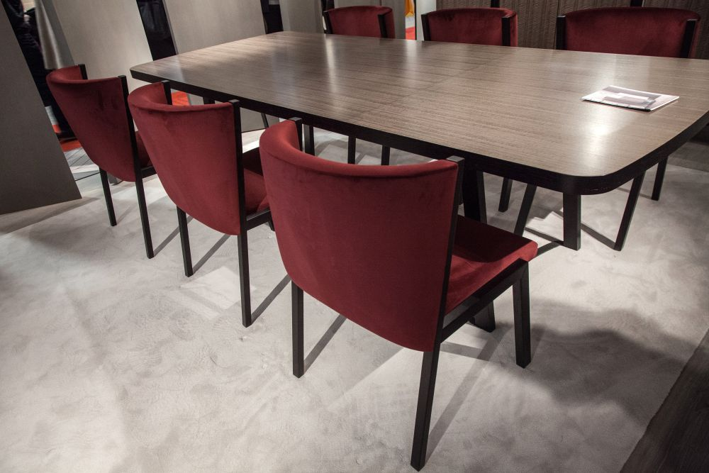 https://cdn.homedit.com/wp-content/uploads/2017/06/Gentian-Red-upholstered-dining-chairs-from-altto.jpg