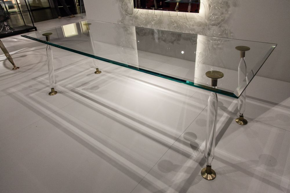 Glass Dining Tables Looking Light And Stylish No Matter What