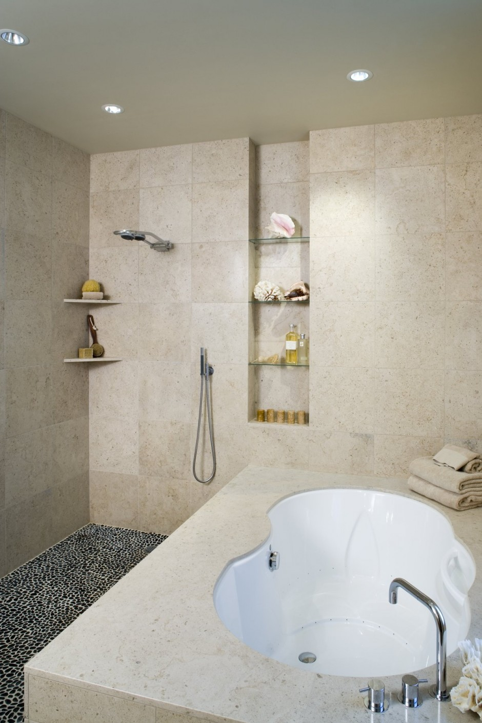 The Shower Niche - A Universal Symbol For Stylish Bathrooms