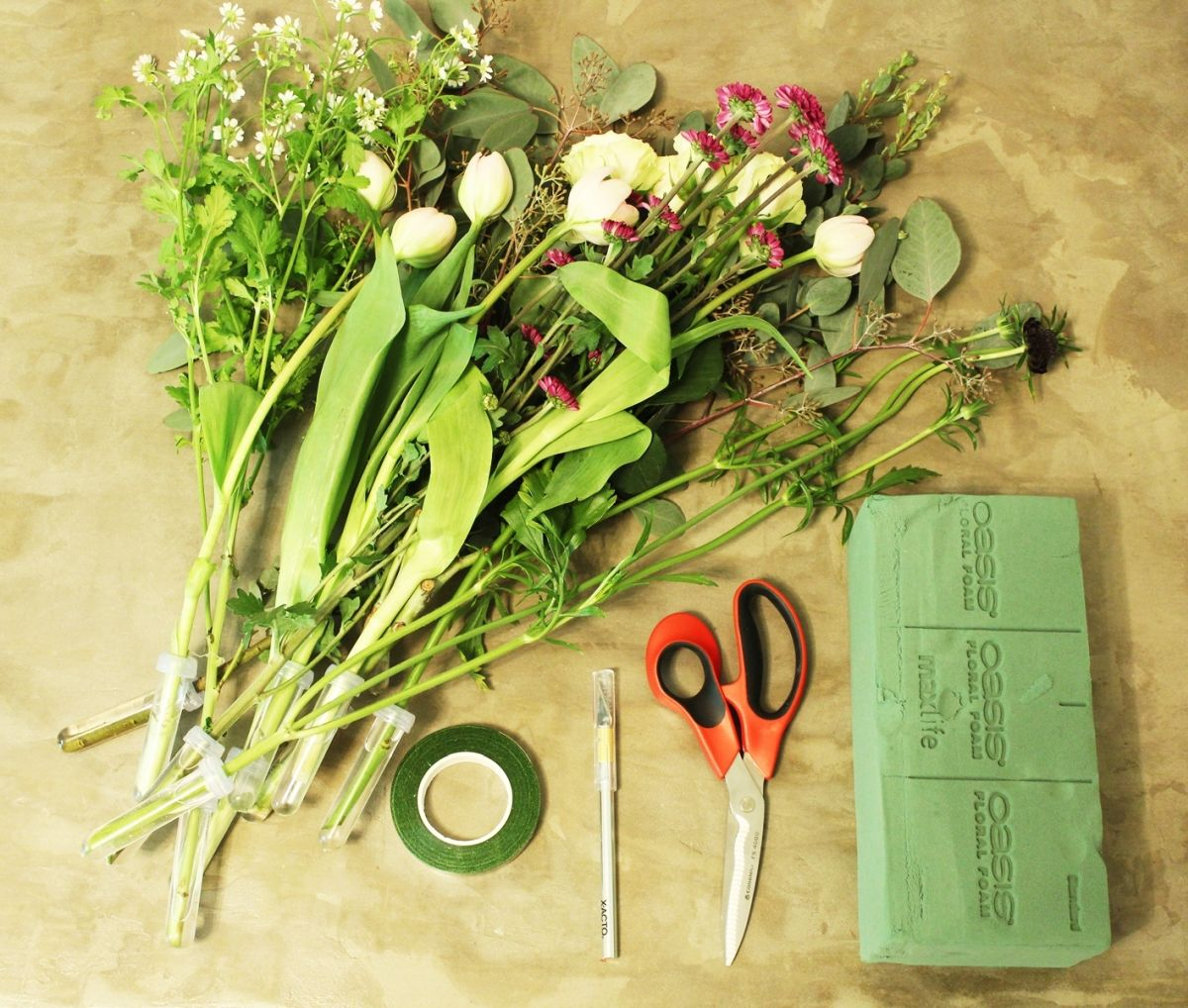 How To Arrange Flowers In Floral Foam