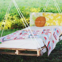 Large pallet swing bed DIY