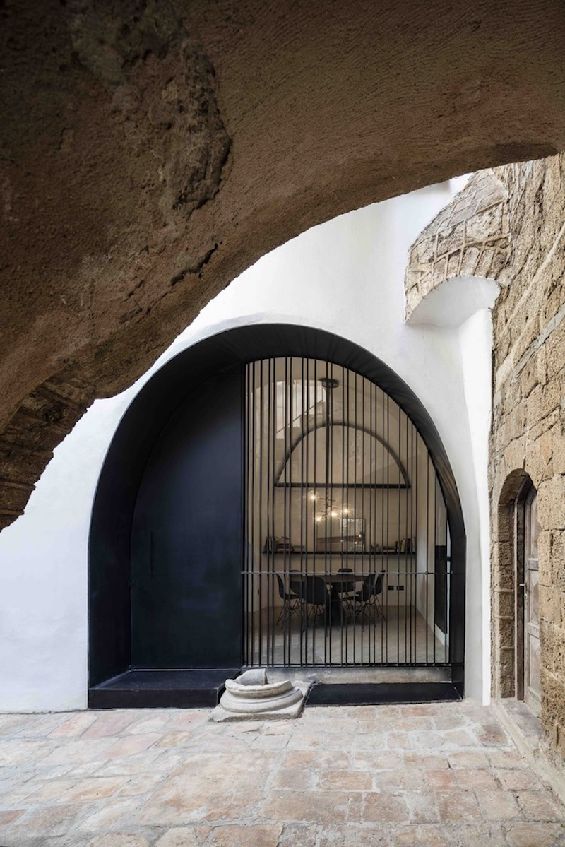 Historic Apartment With A Cave Like Interior