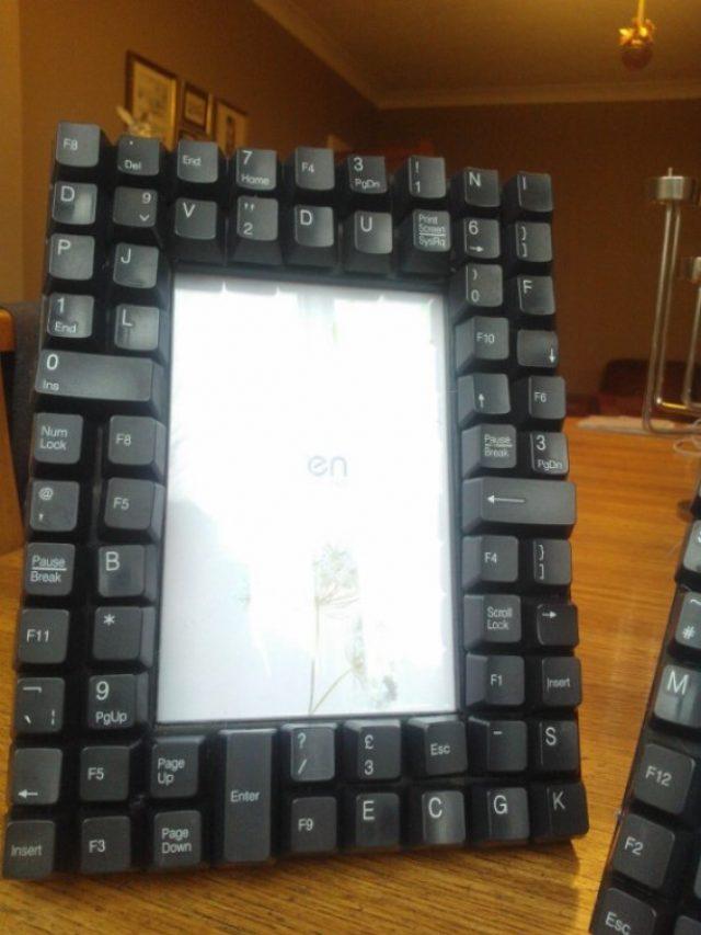DIY photo frame Recycled Keyboard Photo Frame