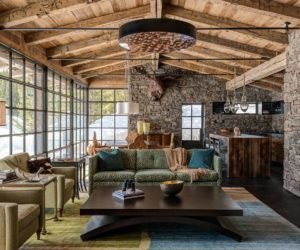 Attrayant A Rustic Decorated Home Might Be The Last Goal Youu0027d Have For Your Own House.  However, There Are Ways To Bring Rustic Home Decor To Your Space In A  Classy ...