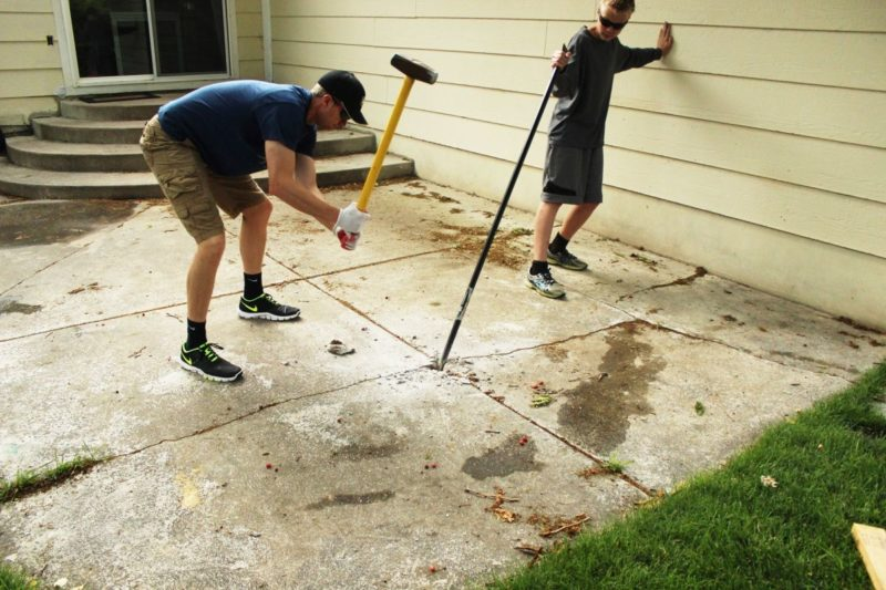 Best Way to Remove Concrete Slabs on a Patio