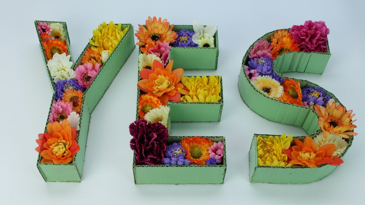 Whip Up Easy Floral Cardboard Letter D 233 Cor
