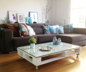 Wonderful 10 Coffee Tables On Wheels To DIY