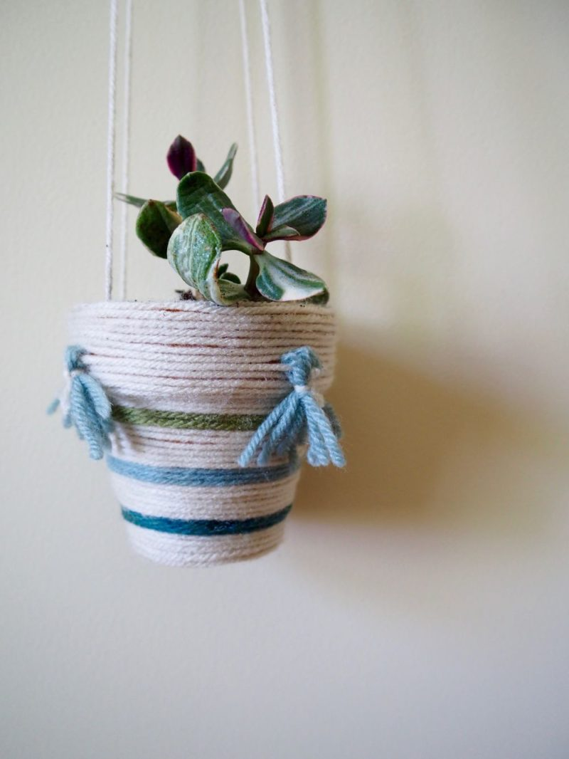 DIY Simple Yarn Wrapped Hanging Planter