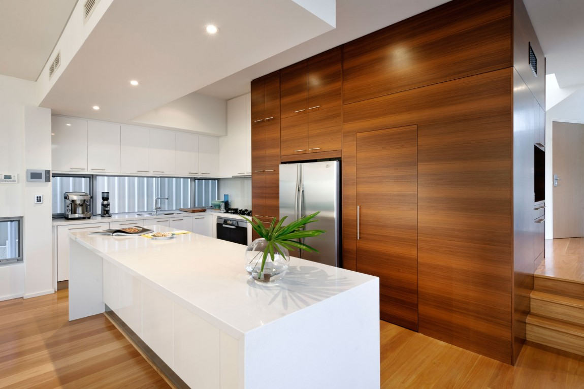 Brown And White Kitchen Designs. View in gallery White Kitchen Cabinets  The Perfect Backdrop For A Chic Decor