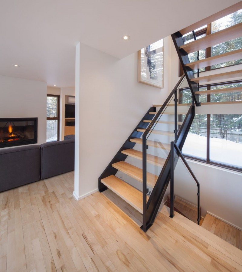 15 Residential Staircase Design Ideas: Staircase Designs That Bring Out The Beauty In Every Home