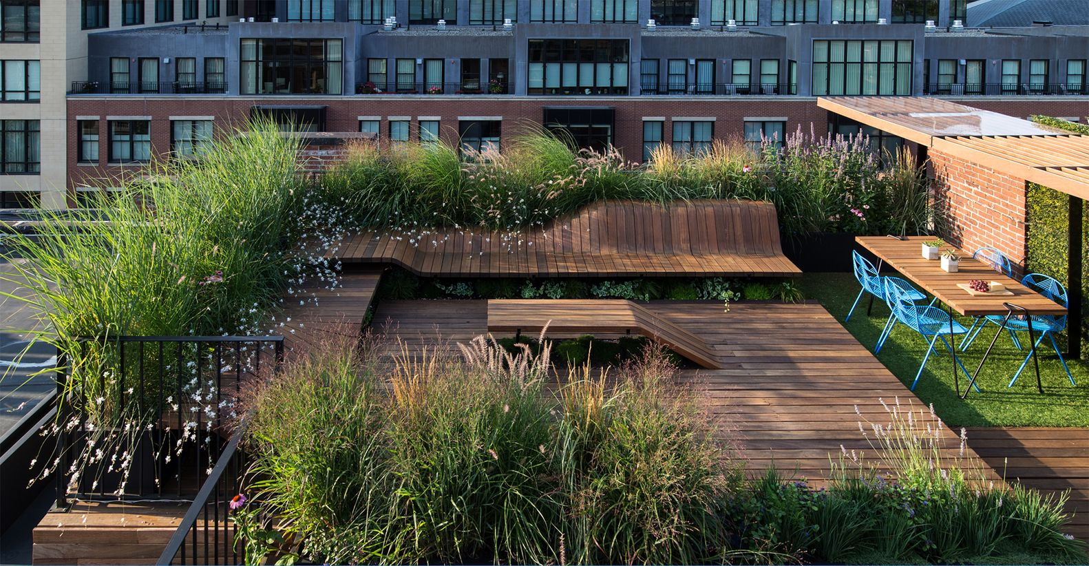 Inspiring urban garden designs and their creators for Urban garden design ideas