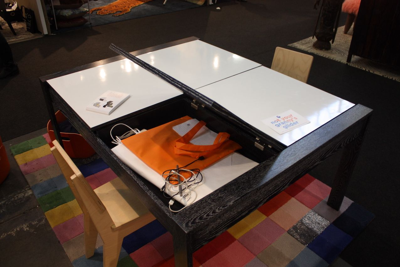 There won't be much nagging at cleanup time with this storage space.
