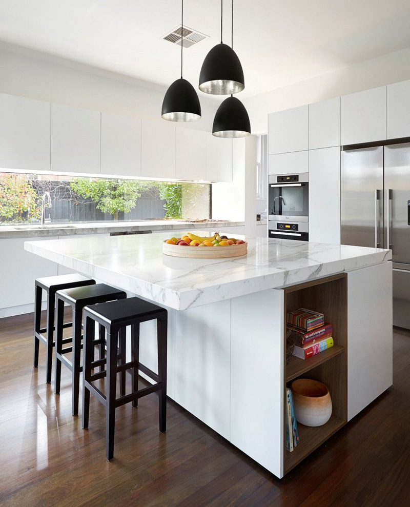 White Kitchen Cabinets - The Perfect Backdrop For A Chic Decor
