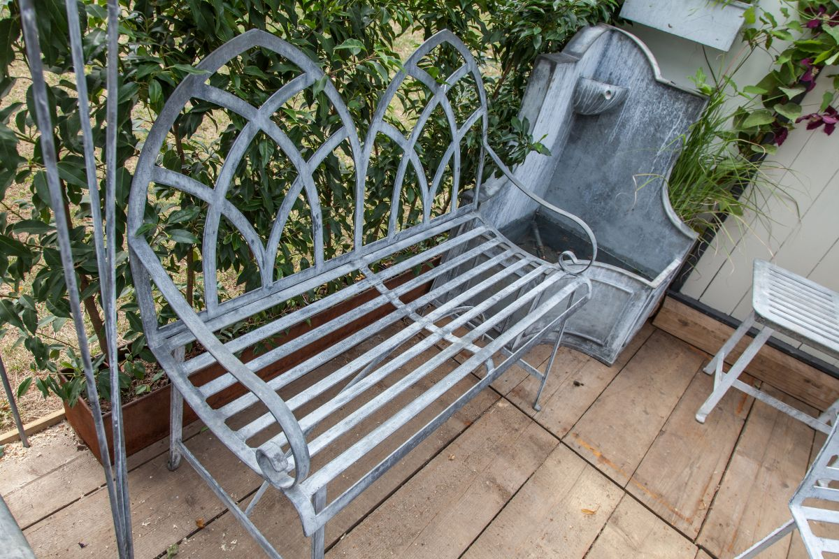 Remarkable How Garden Benches Can Help You Get The Most Out Of Your Theyellowbook Wood Chair Design Ideas Theyellowbookinfo