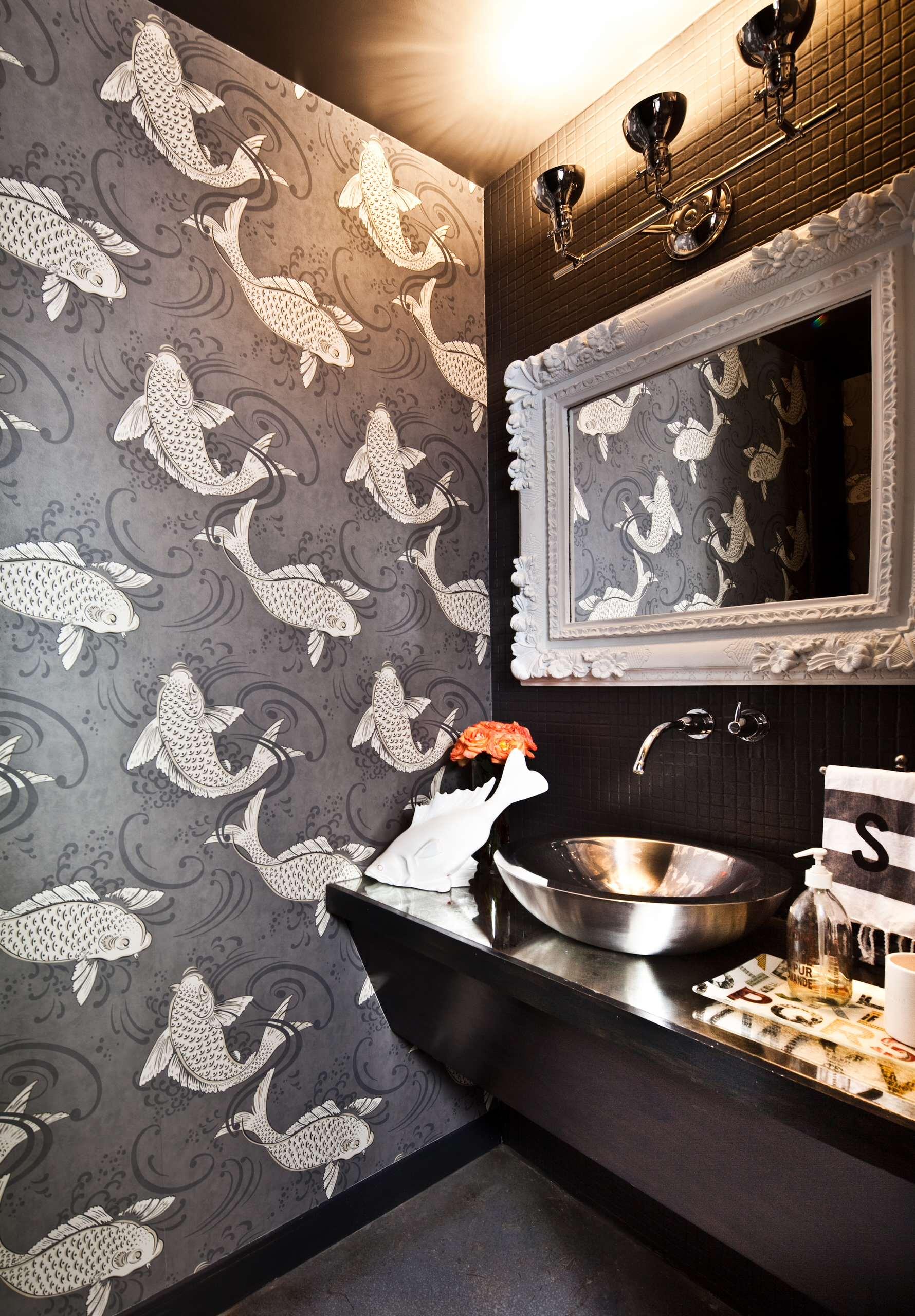 15 Reasons To Love Bathroom Wallpaper