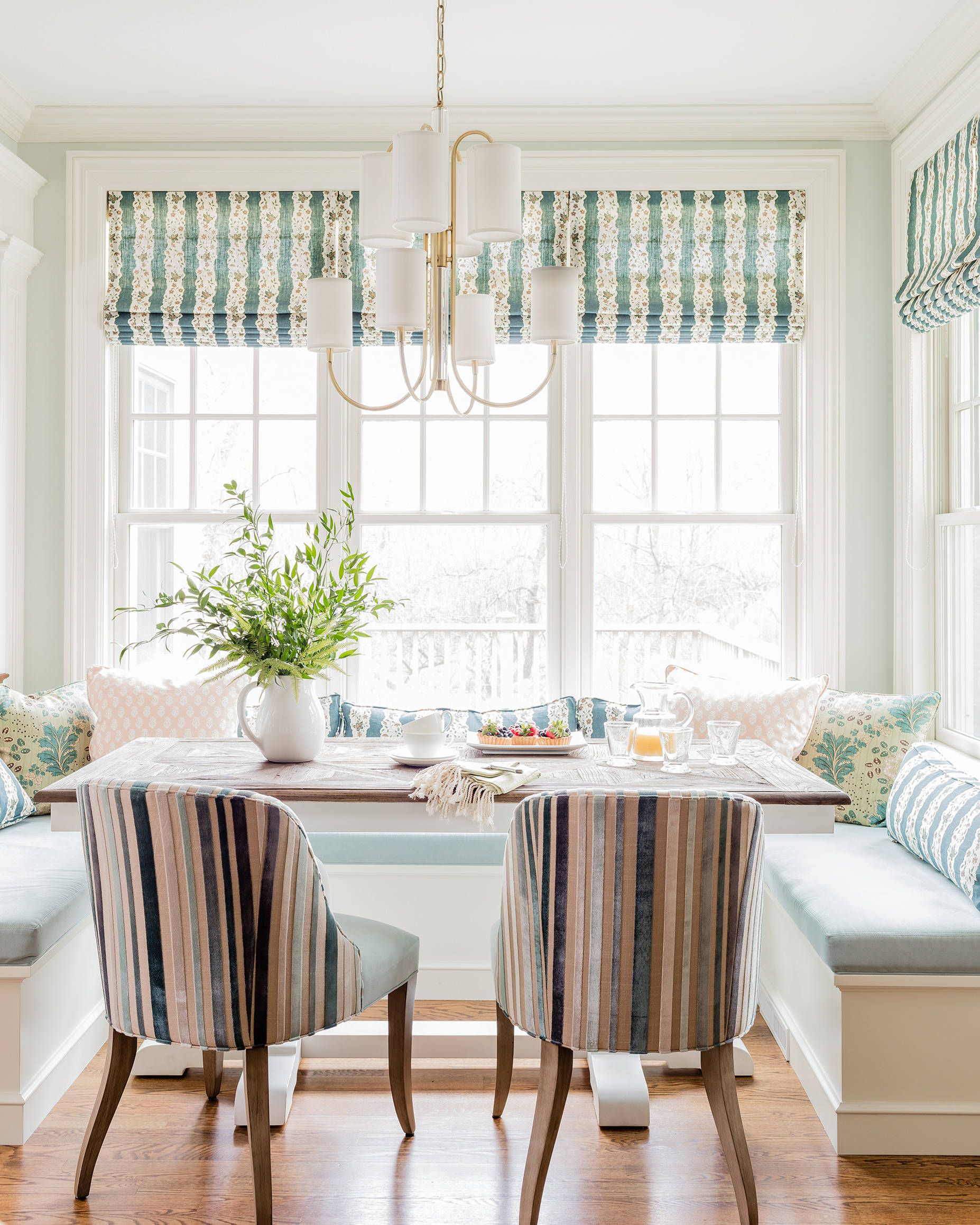 Patterned breakfast nook shades pillows