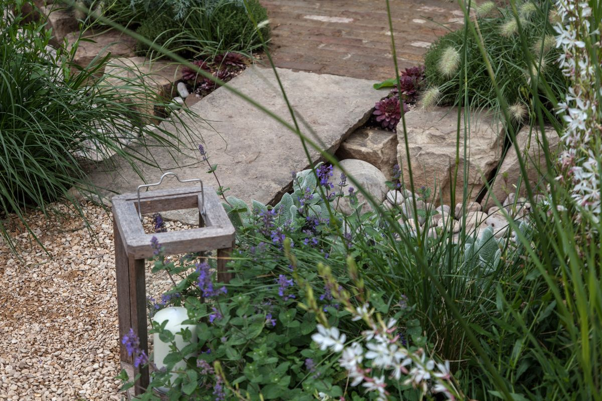 You can also use large stones or boulders to create small pathways in the garden or to create focal points
