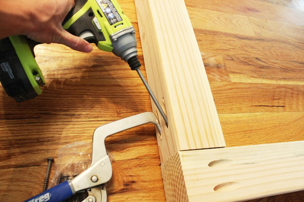 """Use 2-1/2"""" HD pocket screws to attach the railing to the post."""