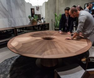 Walnut Color Why And How Its Used In Contemporary Design - Walnut color dining table