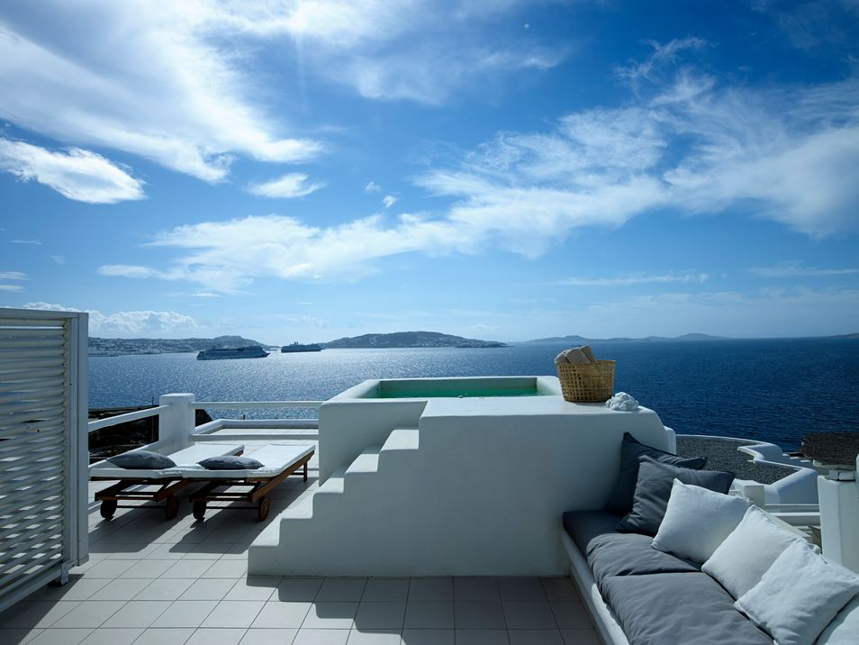 One lucky suite has a full jacuzzi with a view of the ocean and lands beyond.