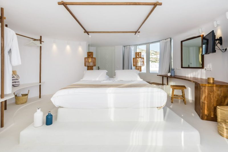 Rocabella a Serene Retreat Amid the Mykonos Glamour